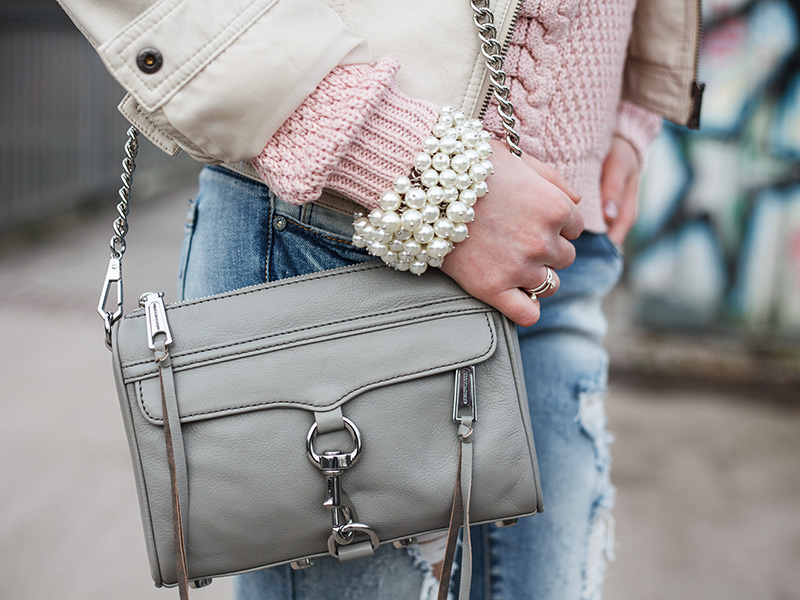 Streetstyle Lookbook Detail Mini Mac Outfit Leder Rosa Beige Fashionblogger Fashion Outfit Hannover Perlen